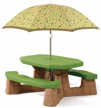 #4 Step2 Naturally Playful Picnic Table with Umbrella