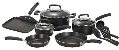 5. T-fal Signature Nonstick Thermo-Spot Cookware Set