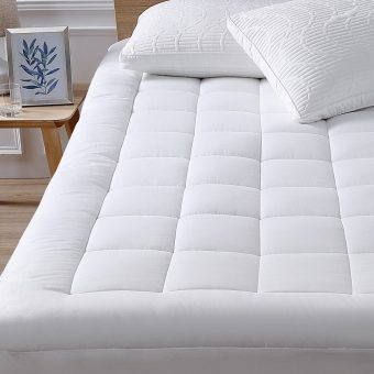 Oaskys-cooling-mattress-pads