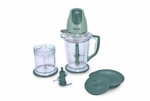 12. Ninja 400-Watt Food Processor with 16-Ounce Chopper Bowl and 48-Ounce Pitcher